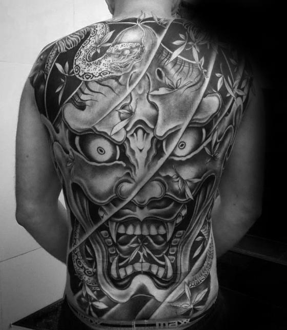 Tatuaje demonio japones espalda completo